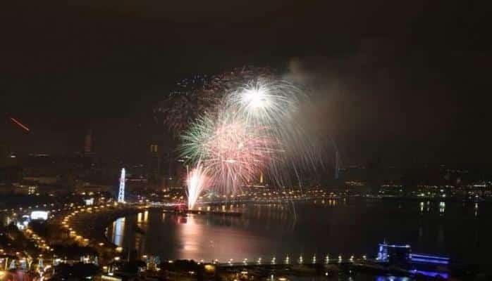Баку встретил 2019 год с грандиозным фейерверком