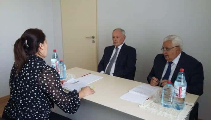 Министр здравоохранения принял граждан в Гейгельском районе