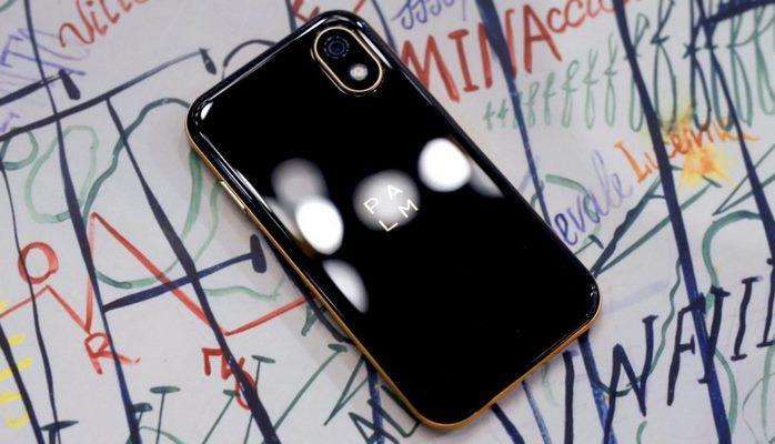 Palm ‑ самый маленький в мире смартфон от компании‑легенды