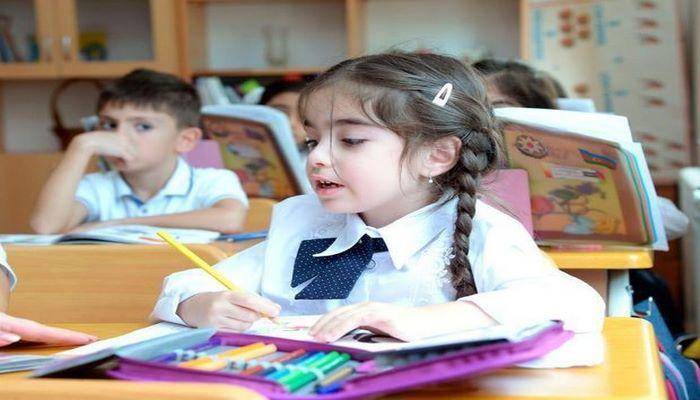 Обнародовано число заявок в первый класс в Баку