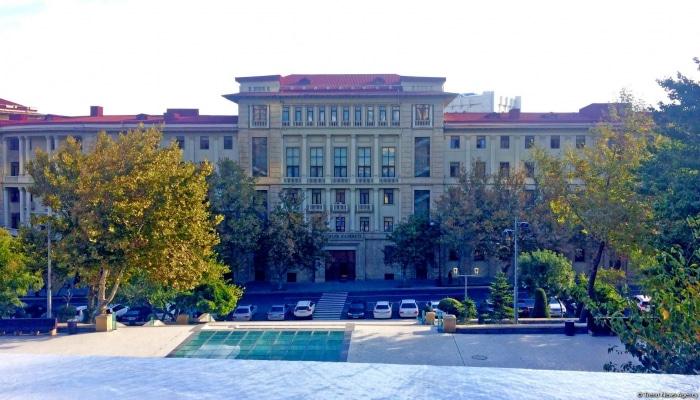 В Азербайджане выявлено еще 24 случая заражения коронавирусом, один человек скончался