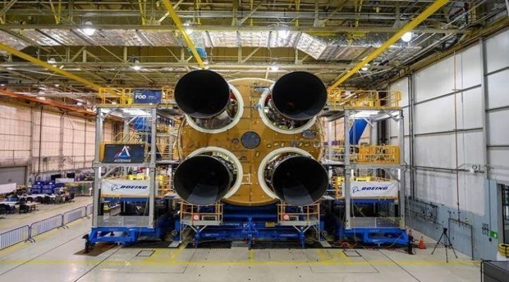 """""""NASA-nın Aya uçmaq üçün yaratdığı raket faciədir"""" - MASK"""
