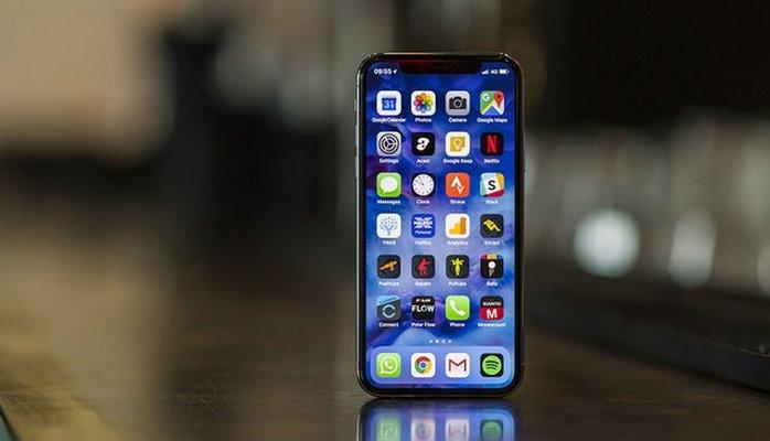 """""""iPhone""""lar bahalaşdı"""