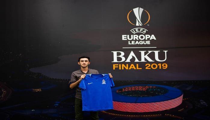 Награжден первый победитель конкурса в связи с проведением финала Лиги Европы в Баку