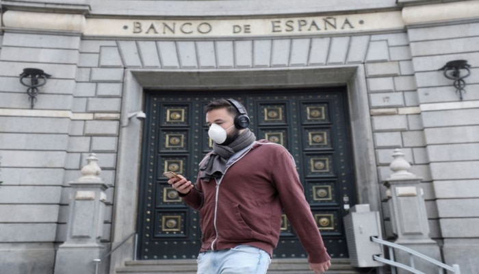 В Испании за сутки свыше 740 человек умерли из-за коронавируса