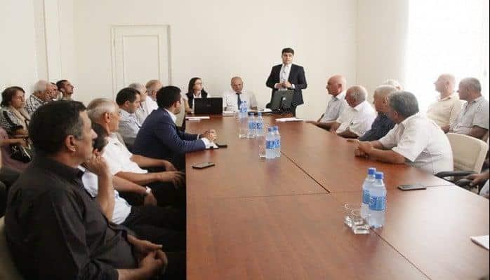 Dövlət Aqrar Ticarət Şirkətinin nümayəndələri fermerlərlə görüşüb