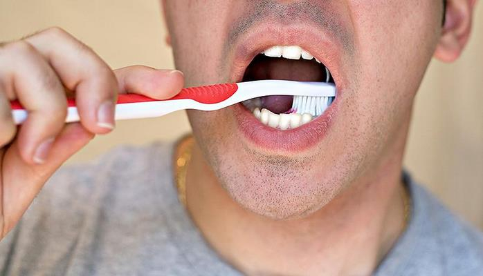 НАУКА Ученые связали импотенцию с плохой гигиеной рта