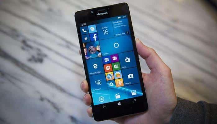 Microsoft'tan Acil Durum Çağrısı: Android'e ya da iOS'a Geçin