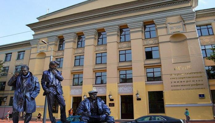 В Баку широко отметят 100-летие ВГИКа – приедет Владимир Меньшов, программа