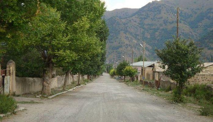 Ermənistan Zəngilandan Gorusa yeni yol çəkəcək