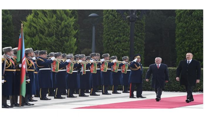 В Баку состоялась церемония официальной встречи короля Иордании