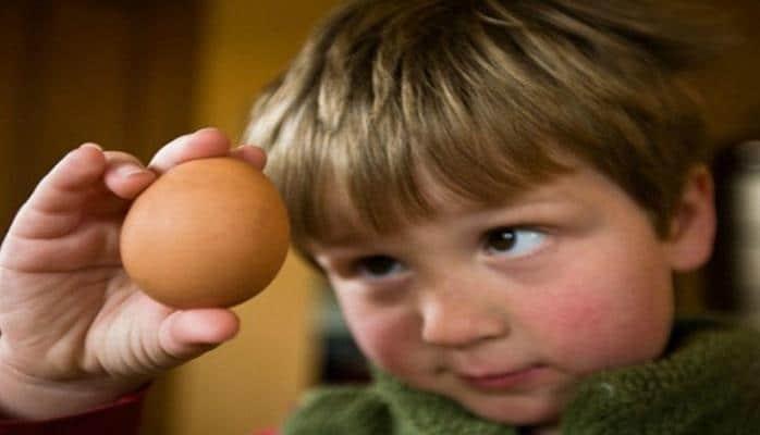 Uşağa hər gün bir yumurta yedizdirin