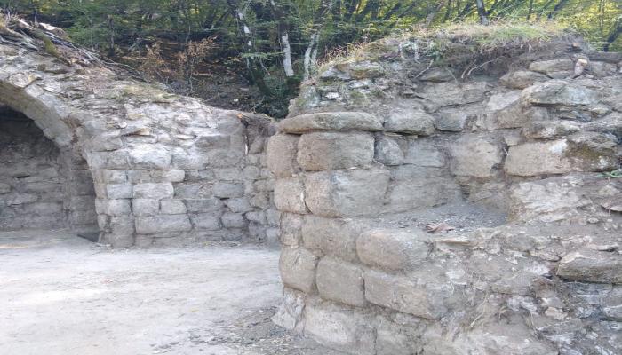 Начаты археологические исследования в крепости Бугурт - последней резиденции Ширваншахов
