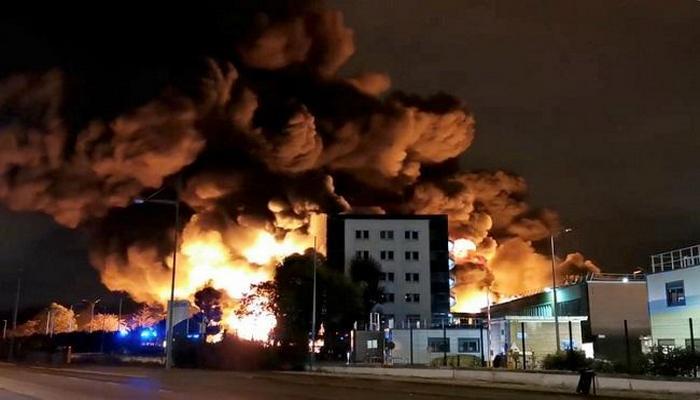 ABŞ-da məhkəmə binası yandırıldı
