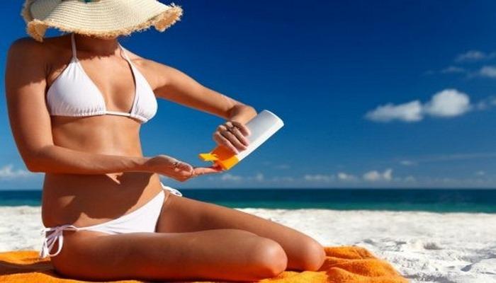 Ученые поведали, можно ли сбросить вес, просто загорая на пляже