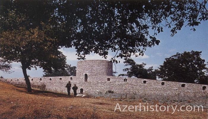 Люди и памятники Шуши 1970-1980-х годов (ФОТО)