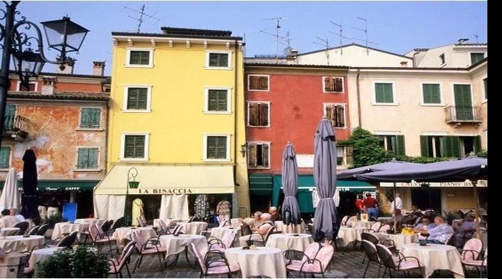 İtaliyada bir avroya ev satılır