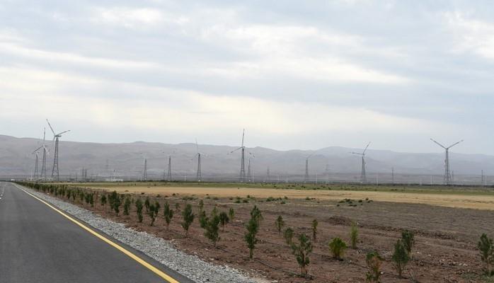 Президент Ильхам Алиев принял участие в открытии ветрового электропарка в Хызы
