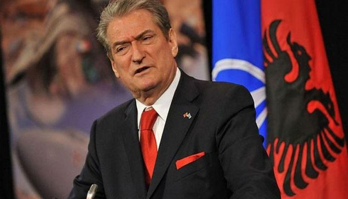 Albaniyanın sabiq Prezidenti İlham Əliyevə məktub ünvanladı