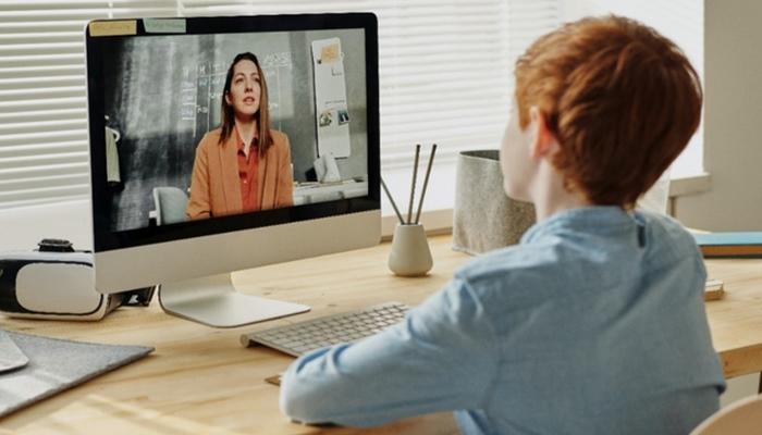 Almanya, salgın nedeniyle dijital öğretime ağırlık verecek