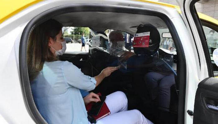 Ankara'da taksilerde şeffaf panel uygulaması