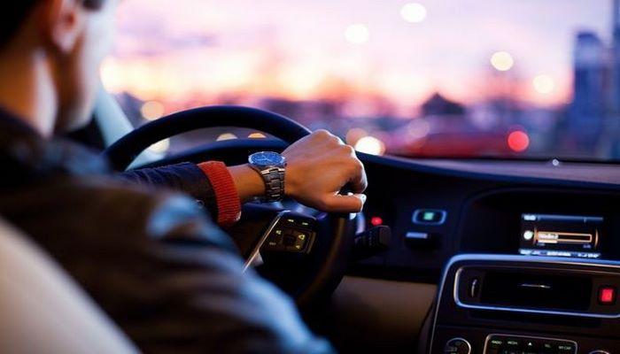Avtomobillərdə pərdə və plyonkaların çəkilməsi, həmçinin avtoxuliqanlıq haqqında qanun dəyişdi