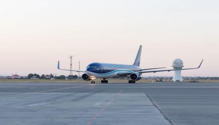 AZAL выполнил чартерный рейс из Дубая