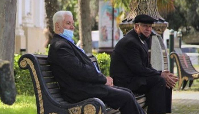 Azerbaycan'da son 24 saatte 161 yeni korona virüs vakası tespit edildi