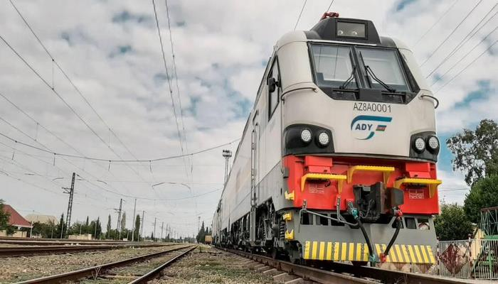 """""""Азербайджанские железные дороги"""" переходят на переменный ток"""
