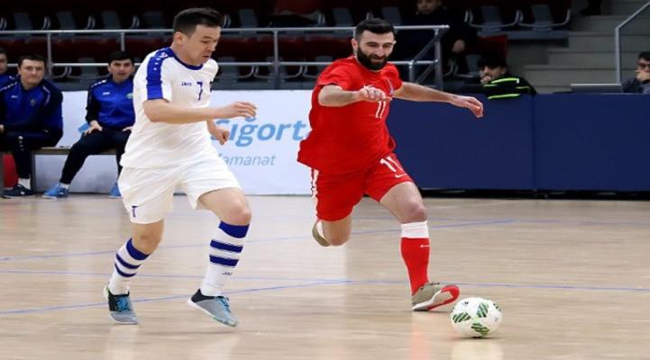 Сборная Азербайджана по футзалу победила Узбекистан