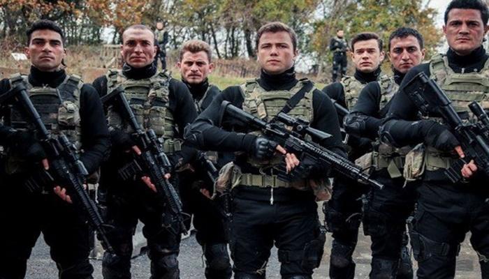 Söz dizisinin oyuncuları askere gitti! Tolga Sarıtaş ve Görkem Sevindik'den askerlik fotoğrafı