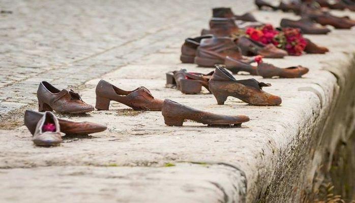 Tarixin ayaq izləri: Dünyanın ən kədərli abidəsi