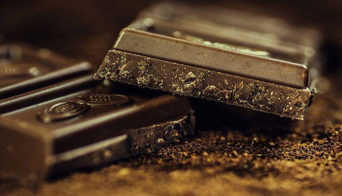 Ученые назвали новое полезное свойство черного шоколада