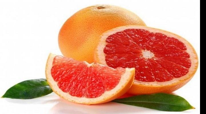 Эксперты рассказали о достоинствах и недостатках грейпфрута