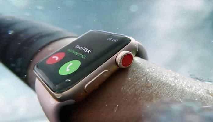 Apple готовит часы со встроенной камерой