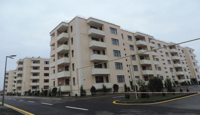 В Уджаре и Гёйчае сданы в эксплуатацию жилые здания для вынужденных переселенцев