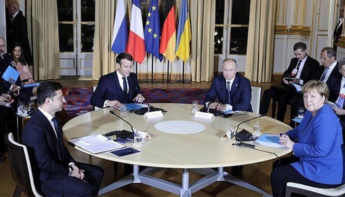 """Putinlə Zelenski arasında maraqlı dialoq: """"Hamısı çıxsın..."""""""