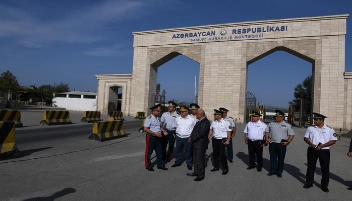"""На КПП """"Самур"""" в Азербайджане прошла проверка состояния пропуска лиц и транспорта"""