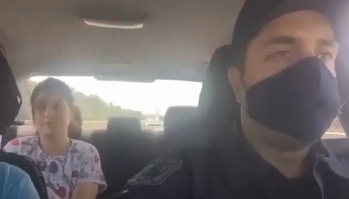 Bakıda polis yaralı qadını xəstəxanaya çatdırdı