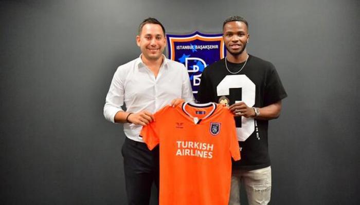 Başakşehir-də yeni transfer