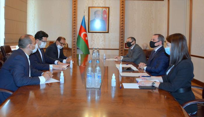 Глава МИД Азербайджана   встретился с новым послом Ирана