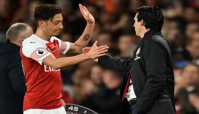 """""""Arsenal"""" Özili İtaliya klublarına təklif edib"""