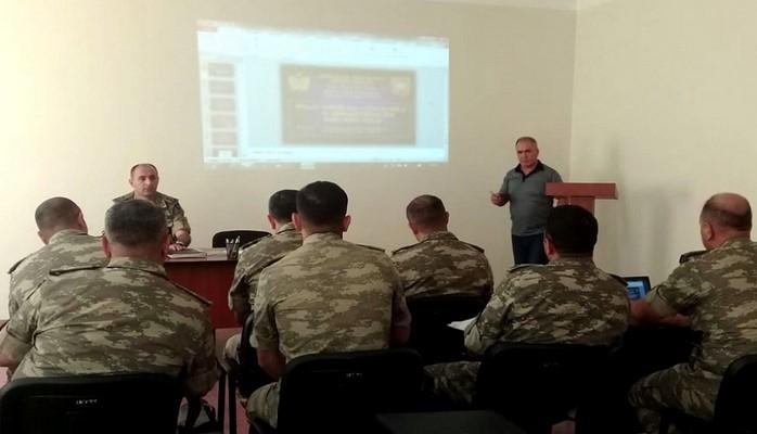 Проведены просветительские мероприятия среди военнослужащих на психологические темы