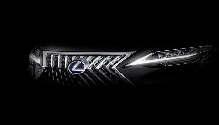 Lexus готовит конкурента Mercedes-Benz V-Class