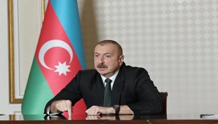 """""""Bəs """"AZAL""""ın gəlirləri haradadır?"""" - Prezident"""