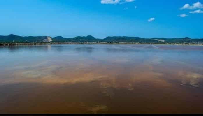 """""""Yerdəki cənnət"""" adlanan ada 18 milyon avroya alındı"""