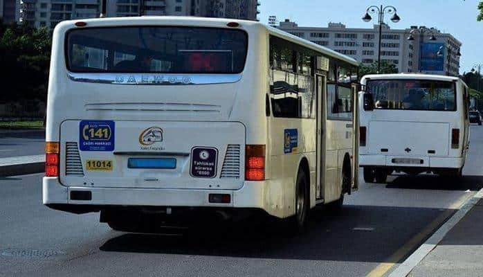 Проблемы автобусов: остановки есть, но стоять негде