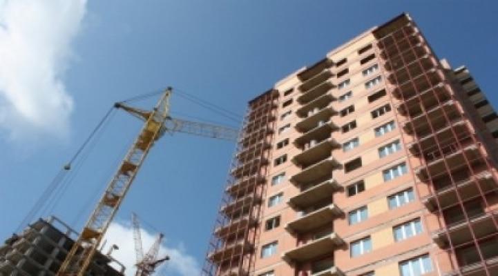 Госкомитет Азербайджана выявил недостатки на тысячах строительных объектов