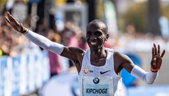 Олимпийский чемпион пробежал Берлинский марафон с новым мировым рекордом