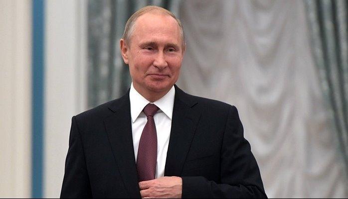 Putin doqquz azərbaycanlıya vətəndaşlıq verdi